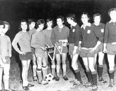 "Okay: la squadra di calcio <a style=""margin-left:10px; font-size:0.8em;"" href=""http://www.flickr.com/photos/49285536@N04/4606448060/"" target=""_blank"">@flickr</a>"