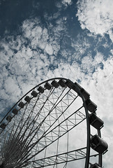 waves in the sky (serhio) Tags: sky ontario canada wheel silhouette clouds digital canon eos rebel waves ferris niagara falls sergei skywheel xti 400d yahchybekov serhio