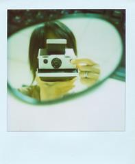 20070914-1-5 (nini Tsai) Tags: life summer people selfportrait polaroid sx70 nini shy 2007