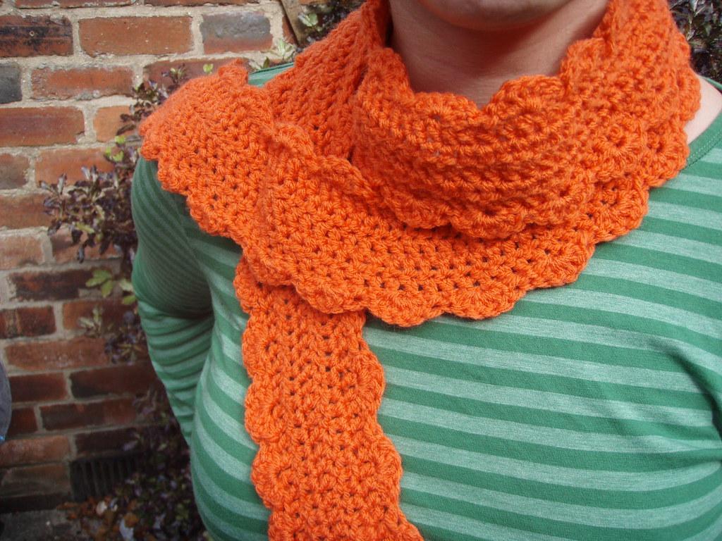 close scarf