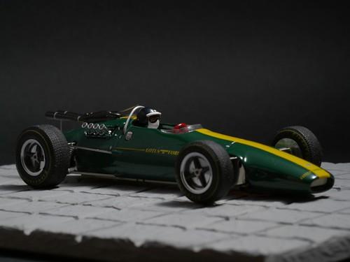Lotus 38 presentación D&G Ostorero