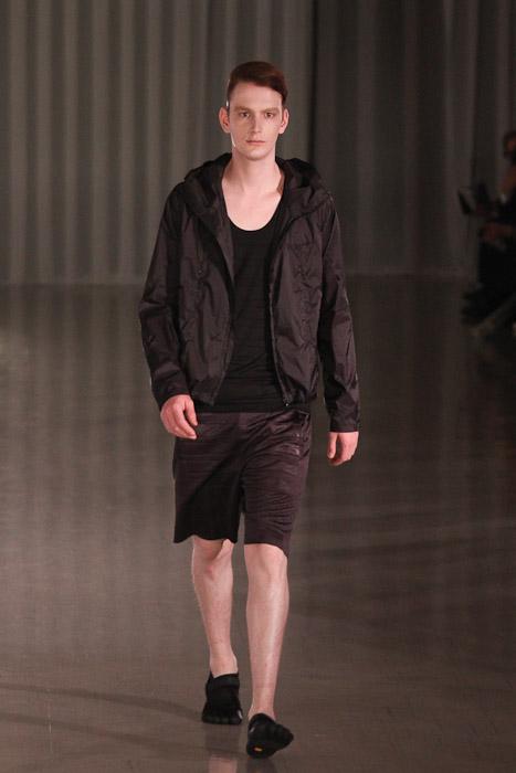 SS11_Tokyo_MOLFIC006_Vincent Hoogland(Fashionsnap)