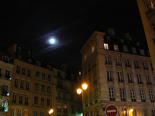 pleine lune à L'Odéon.jpg
