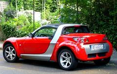 Smart Roadster ... (bayernernst) Tags: 2007 juni berlin meinberlin auto autos car cars smart smartroadster roadster flickrblick kontrast rot