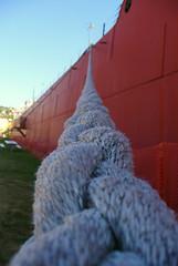 Boat rope (daylapt) Tags: minnesota boat vanishingpoint rope duluth canalpark dayla wowiekazowie daylapt