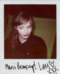 Lou Hayter (The New Young Pony Club) (gotnc) Tags: portrait festival polaroid autograph guitarist saintmalo stmalo guitarplayer signed autographed expiredfilm ddicac guitariste louhayter lastfm:event=173853 routedurock2007 thenewyoungponyclub messagepourlesinternautes bloglenoir