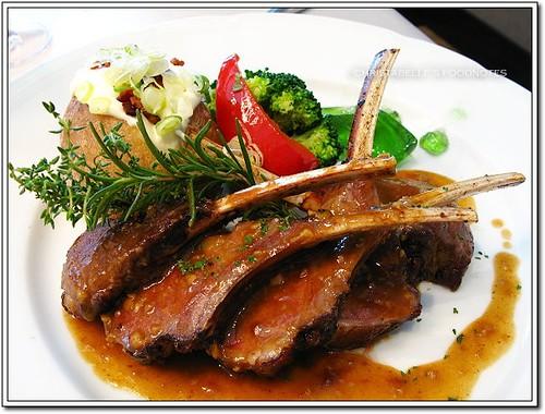 世貿聯誼社西餐廳小羊排