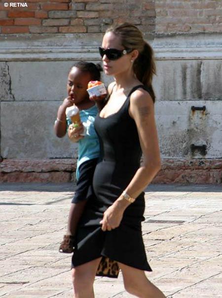 Angelina Jolie de nouveau enceinte?