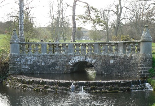 Stone bridge, Falkland estate