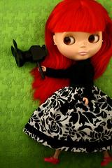 Action! (portrait version) (r e n a t a) Tags: blackandwhite verde green branco canon toy doll brinquedo preto redhead explore e blythe  boneca squeakymonkey cinemaprincess seenonexplore rebelxti