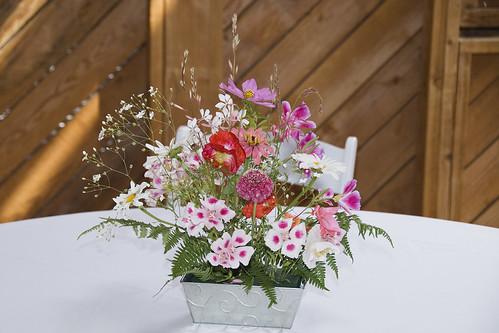 DSC0709 flower arrangement.jpg