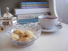 chá e biscoitos