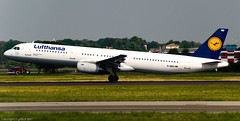 Lufthansa - A321 - DAIRO - Rotation 35L (Gilberto Gaudio) Tags: summer italy geotagged airport italia estate aircraft aeroporto september piemonte airbus settembre lufthansa piedmont 2007 aircrafts malpensa a321 35l aeroplani geo:lat=456252229999995 geo:lon=871972245378148