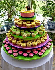 mmm...cupcakes! (sandcastlematt) Tags: wedding cupcakes connecticut ct wonderwoman batman danbury tarrywilepark theyweredelicious tarrywileparkandmansion ericaandjonahswedding