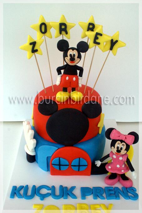 Mickey Cake 3