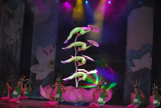 chinese acrobatics07