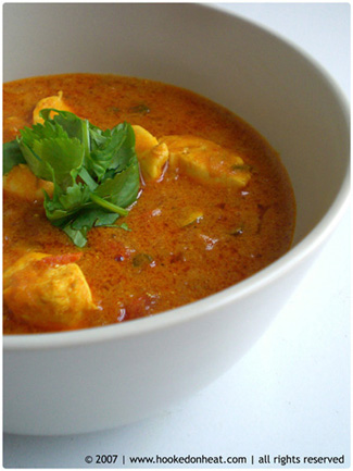 Dahiwali Chicken Curry
