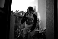 Matze (SulemanSane) Tags: balkon matze telefon dortmund morgens zigarette rauchen dankojones telefonat