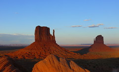 Great place in Southwest..THE MONUMENT VALLEY (rolfspicture) Tags: sunset usa texture rocks ligth monumentvalley anawesomeshot goldstaraward