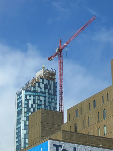 New building and crane