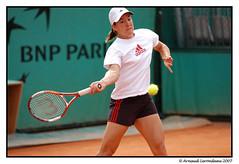 Justine Henin (Arnaud Lerondeau) Tags: 2005 paris french nikon open nikond100 atp tennis tournament roland d100 nikkor justine wta rolandgarros grandslam henin garros frenchopen 80200mmf28dafs