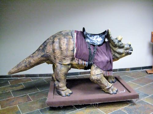 dinosaur w/saddle