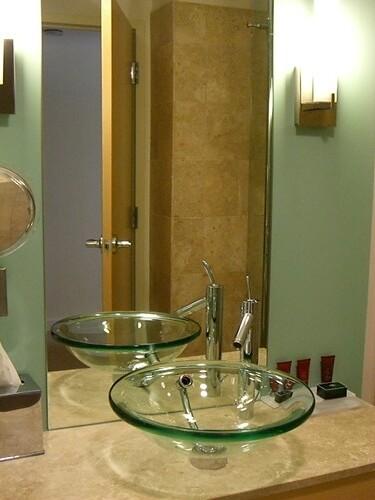 Graves Hotel Bathroom