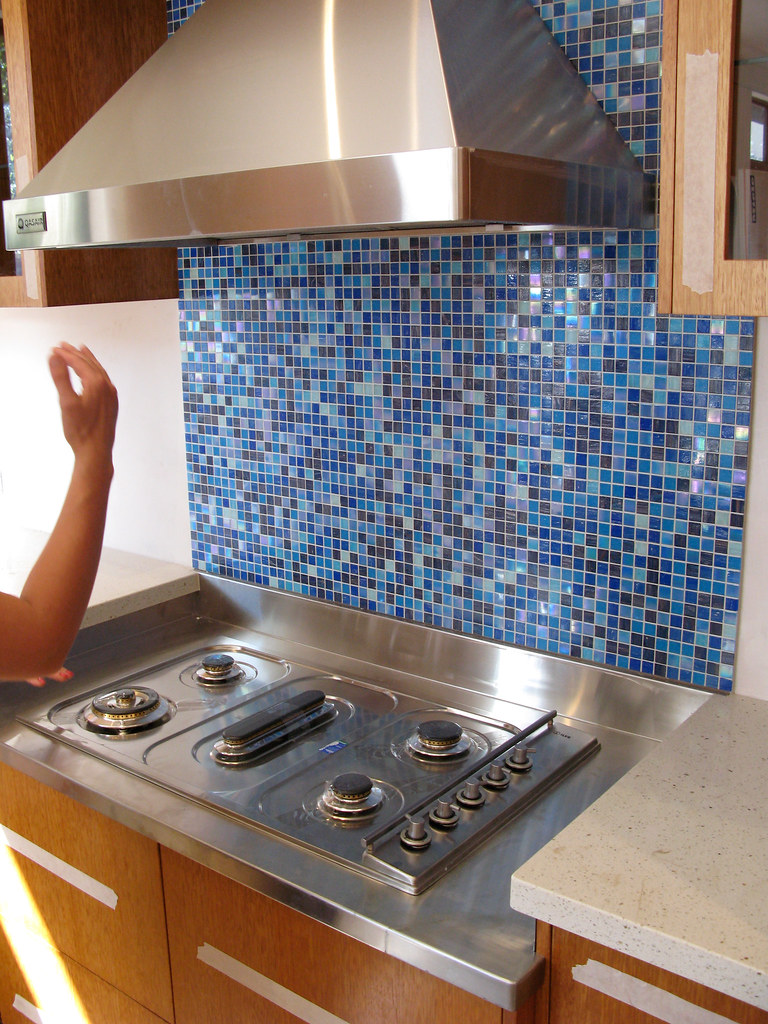 Kinds of blue: splashback tiles