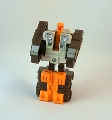 Transformers Nosecone - modo robot (G1)