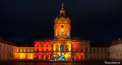 Schloss Charlottenburg (Tafelzwerk) Tags: light berlin castle festival night germany deutschland licht nikon nacht illuminated schloss festivaloflights lichter charlottenburg fol d3000 nikond3000 tafelzwerk tafelzwerkde