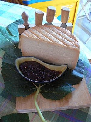 fromage corse et confiture de figues.jpg