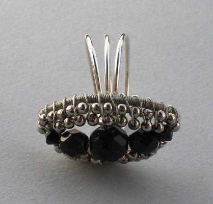crno-bijeli prsten