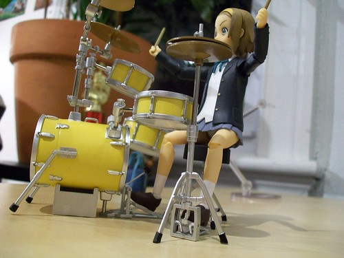 Ritsu and her drums