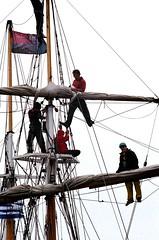 Avast Ye Mateys! (Georgie_grrl) Tags: toronto ontario boat ship sails photographers social crew crowsnest pentaxk1000 harbourfront mast rigging queensquay upintheair cans2s takumar125135mmbayonetlens topwqq