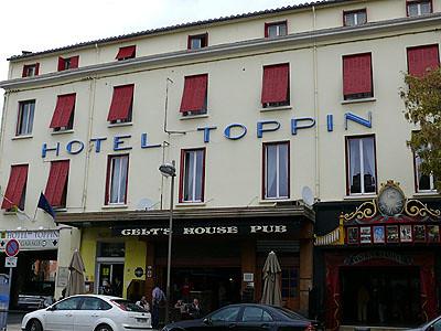 hotel toppin.jpg