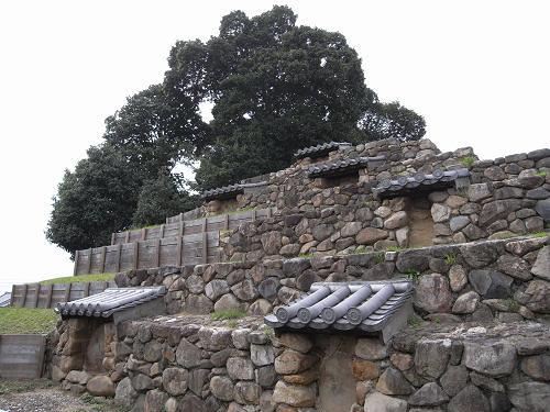 不思議な奈良のピラミッド『史跡 頭塔』@奈良市高畑