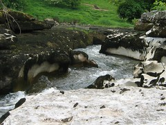 Ghaistrill's Strid, nr Grassington, Wharfedale (D  a  v  e) Tags: pictures camera dave digital computer photography photo pix view image photos pics walk brian hilary bob images sally photographs photograph views directions info janet jpg jpeg information grassington facts jpgs jpegs conistone picsof picturesof imageof photographof sumpner imagesof photographsof directionsto