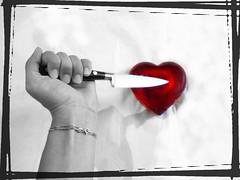 Fratelli, a un tempo stesso, Amore e Morte Ingener� la sorte. Cose quaggi� s� belle Altre il mondo non ha, non han le stelle.