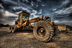 The Grader (dfworks) Tags: construction hdr 3xp photomatix sigma1020 superaplus aplusphoto superhearts