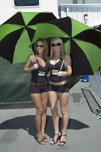 Umbrella Girls [Só para Maiores de 18 anos] 874150809_f42c890ea7
