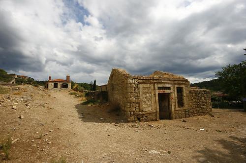 Assos, Kaz dağları by oktay ekincioglu.