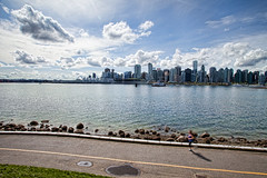 vancouver : stanley park (iamdusky) Tags: ocean city travel urban canada water weather skyline vancouver bay day cloudy britishcolumbia sunny running stanleypark jogging runner partlycloudy partlysunny projectweather