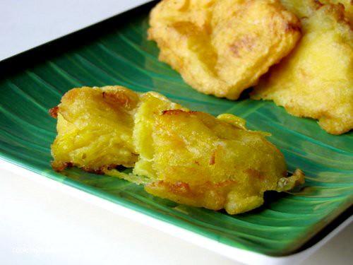 Ethakka Appam Kerala Banana Fritters