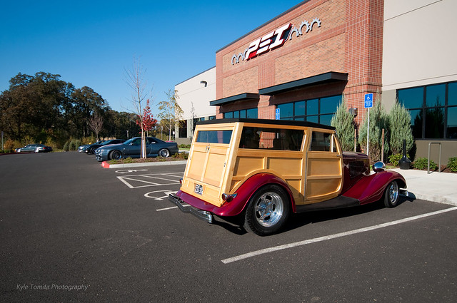 1933 Ford Woody in front of PSI 001