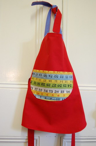 Girls' reversible apron - tomboy side