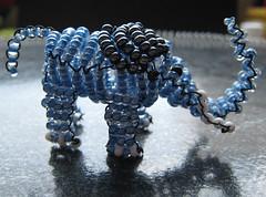 Elefante. (naiarais) Tags: animal handmade elefante artesania manualidades abalorios hechoamano bolitas animalessalvajes hechopornaiara animalesdebolitas