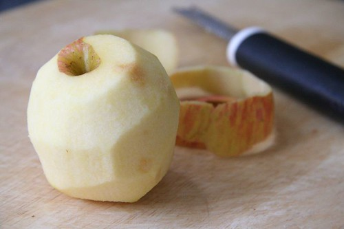Apple: peeled