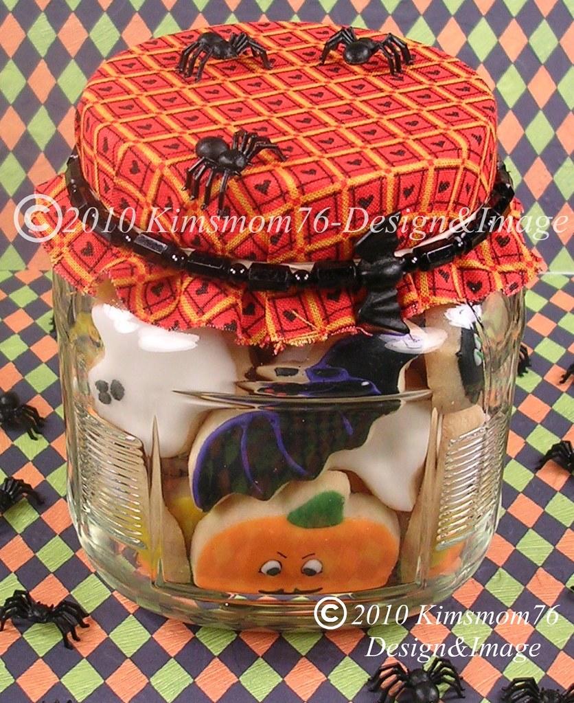 Halloween Mini Cookies In A Jar