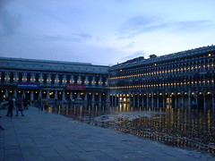 DSCF0016 (lilbuttz) Tags: venice italy piazzasanmarco flooded sanmarcosquare accentflorencespring2002