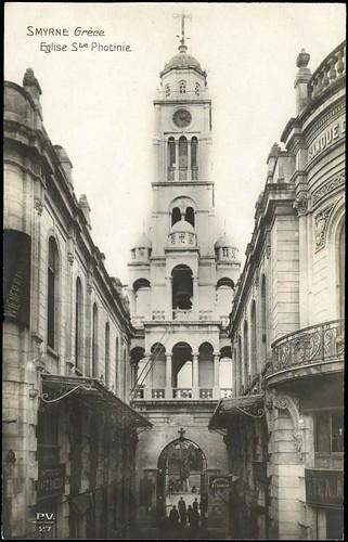 Karpostallarda yangından önce İzmir, Aziz Potinie Kilisesi